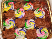 colorful-and-chocolate-cupcakes