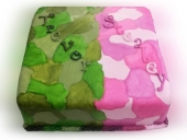 green-and-pink-camo-cake