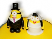 minion-edible-cake-toppers